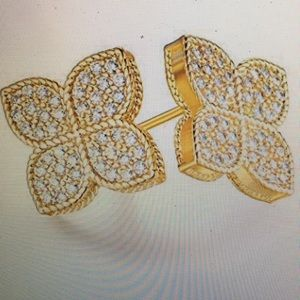 Exquisite 18K Gold Four-Leaf Clover Earrings